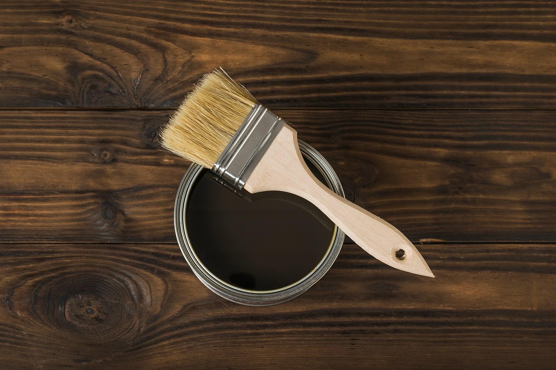 Vernice per trattamento ignifugo del legno