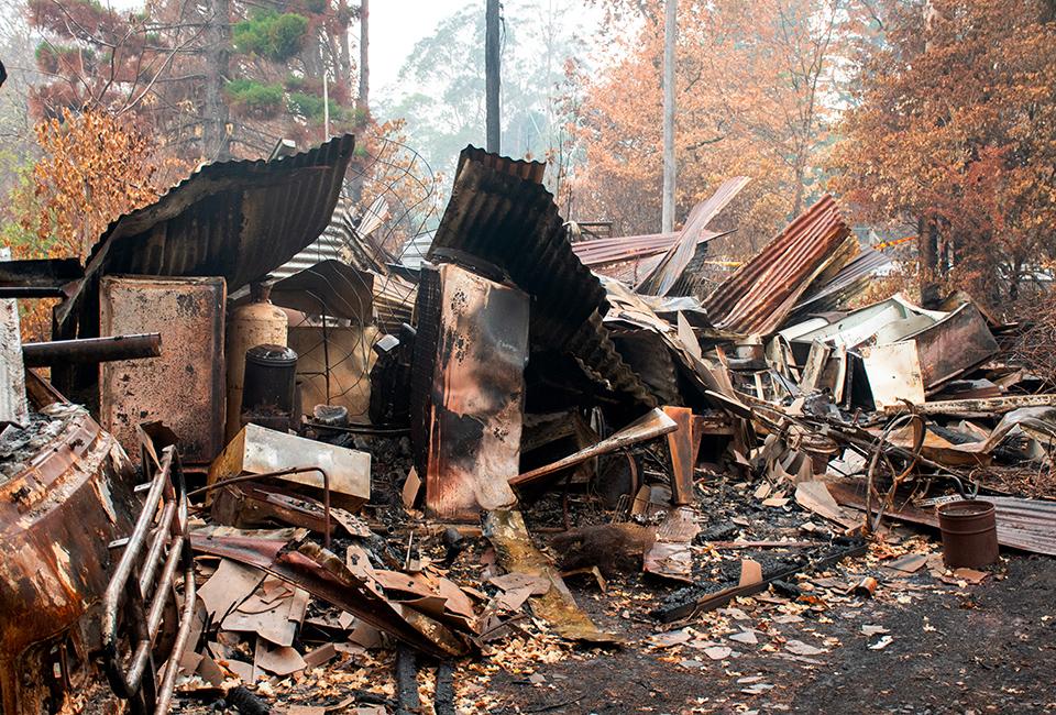 Abitazione bruciata in seguito agli incendi nelle Blue Mountains, in Australia