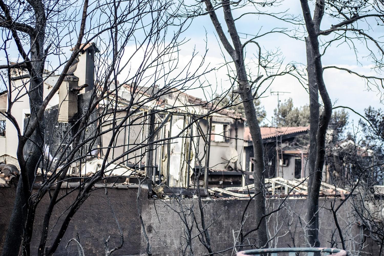 Case colpite dagli incendi dell'attica del 2018